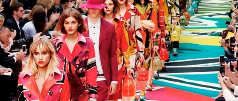 Burberry apresenta coleção Spring Summer 15 em Londres
